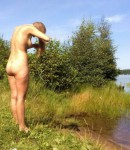 lyubitelskie-foto-devushek-na-prirode-22