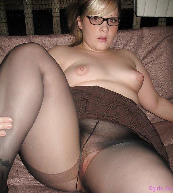 фото голых девушек полненьких