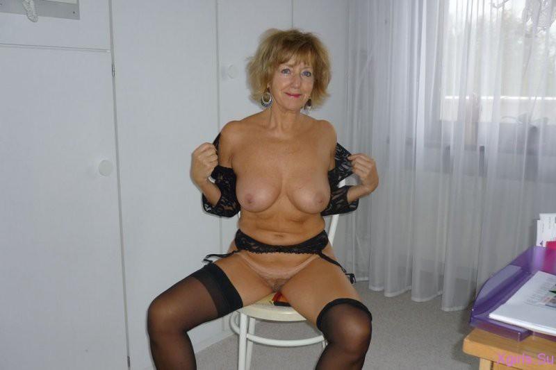 фото очень красивых голых зрелых дам