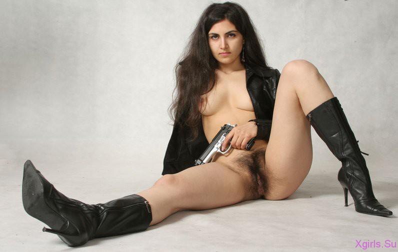 голые девушки армянки фото