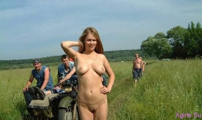 голые деревенские:
