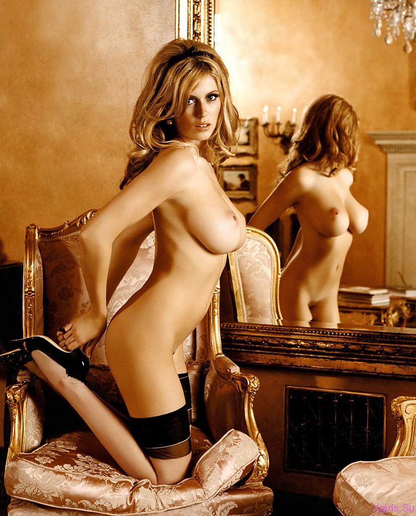 Эротические фото женщин и знаменитостей 12 фотография