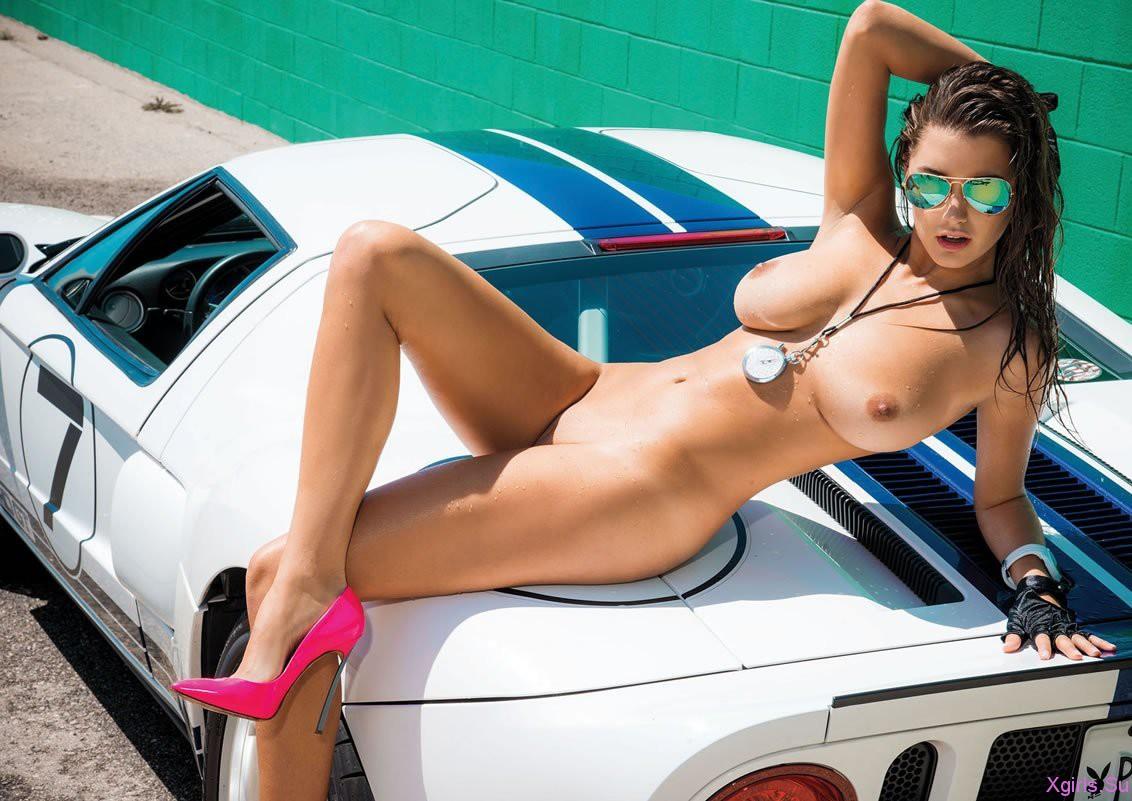 Фото голые девушки и авто 19 фотография