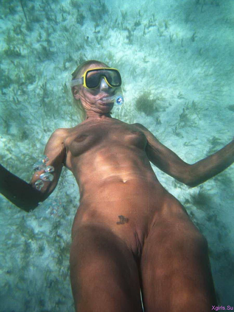Съёмка под водой голая 29 фотография