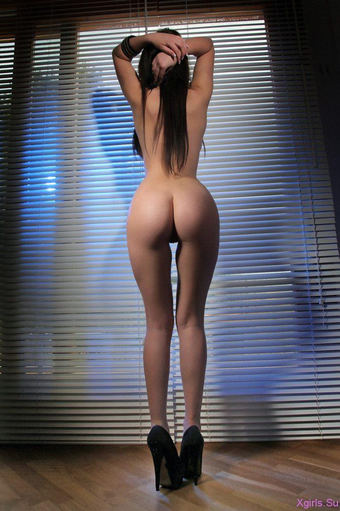 голые фото девушек сзади