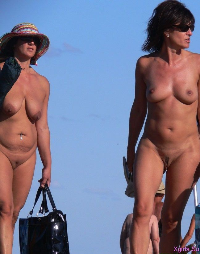 video-o-nudistskom-plyazhe
