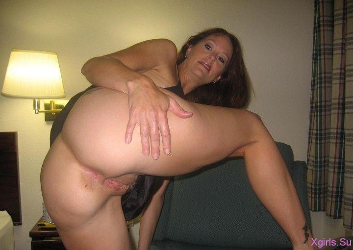 Big tits mom porn tube